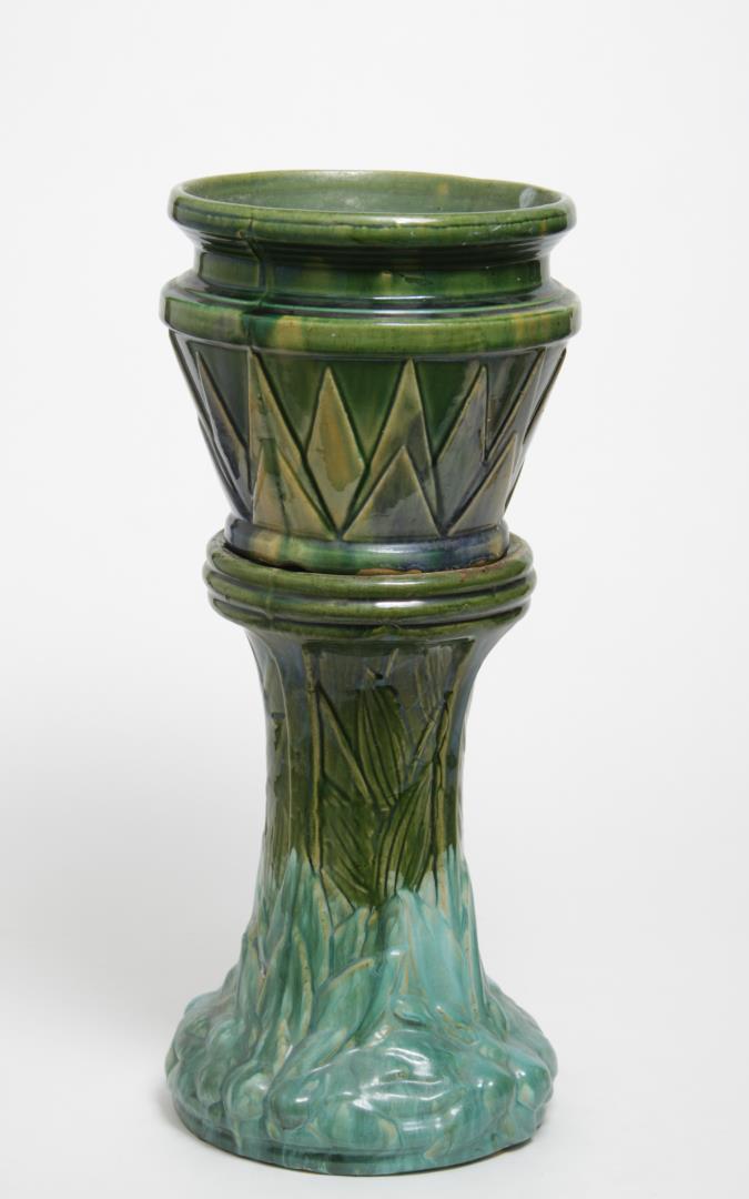 majolica art deco pottery jardiniere planter. Black Bedroom Furniture Sets. Home Design Ideas