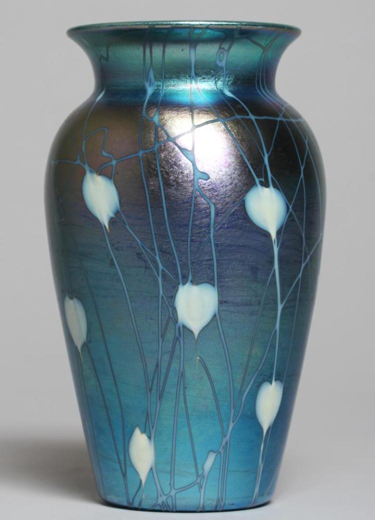 Durand Blue Amp White Luster Art Glass Vase