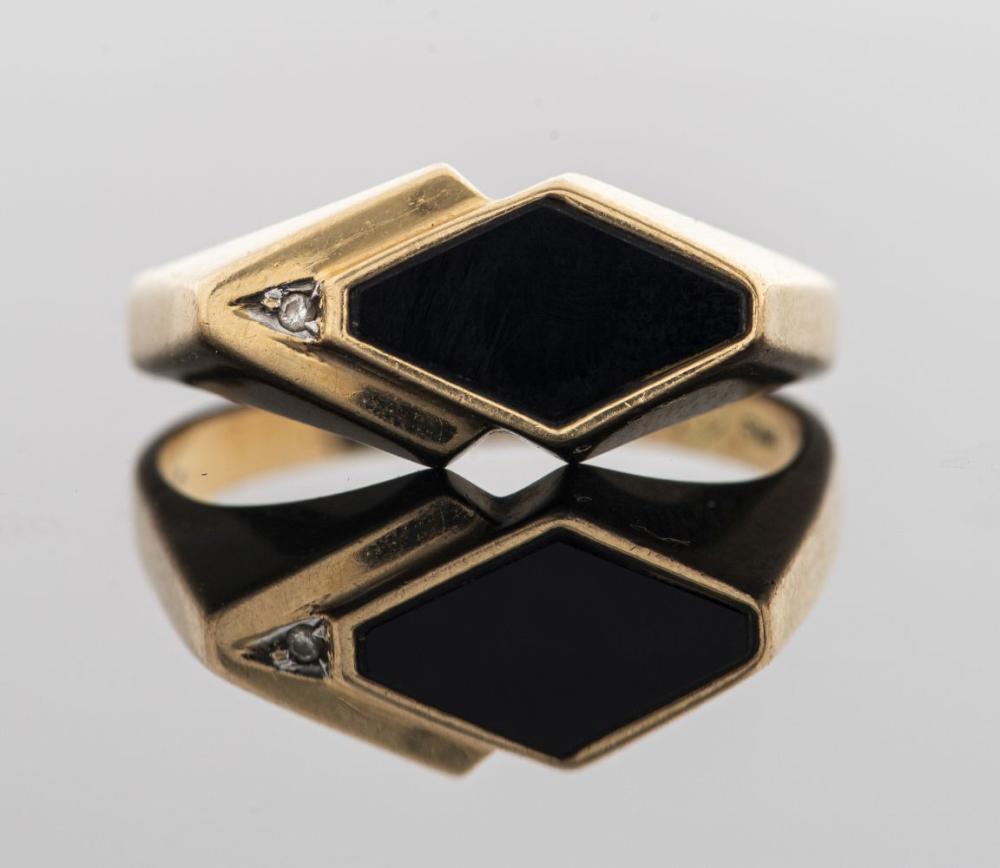 Mid Century 14K Yellow Gold Onyx & Diamond Ring