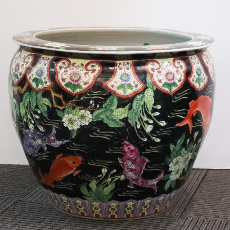 Chinese famille noir porcelain koi fish bowl for Koi viewing bowl