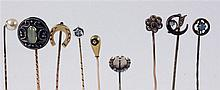 A LOT OF 9 ART NOUVEAU TIE PINS 6 of gold with