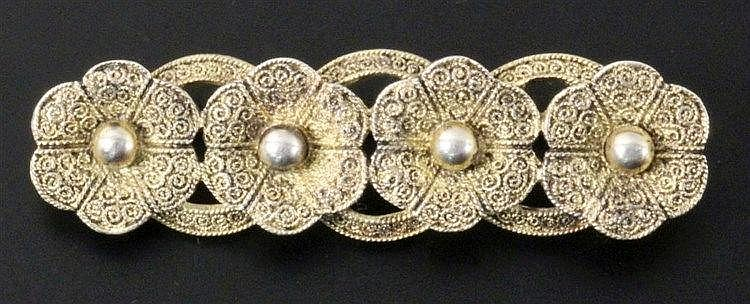 A FAHRNER BROOCH Gilt silver with filigree