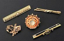 A LOT OF 5 ANTIQUE JEWELLERY ITEMS ca. 1900