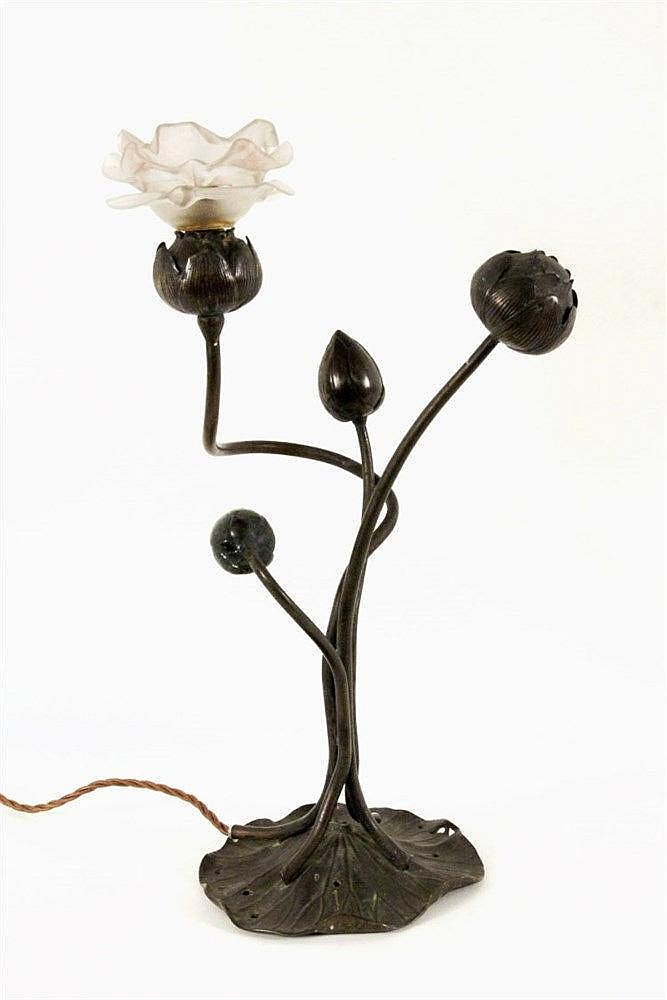 AN ART NOUVEAU POPPY LAMP