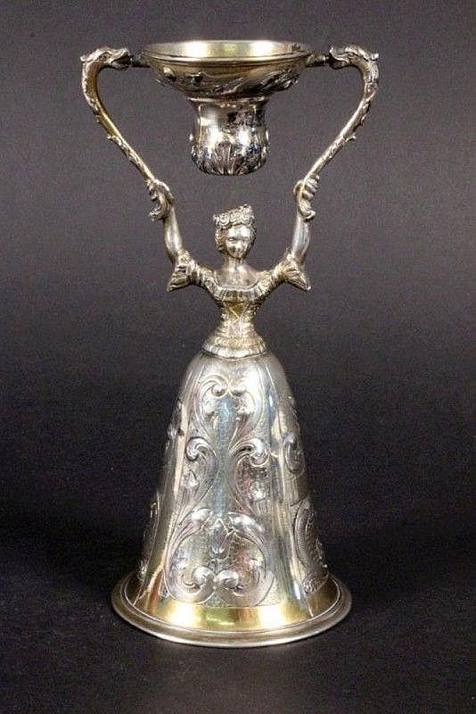 A NUREMBERG BRIDAL CUP Hanau ca. 1900 Silver 800