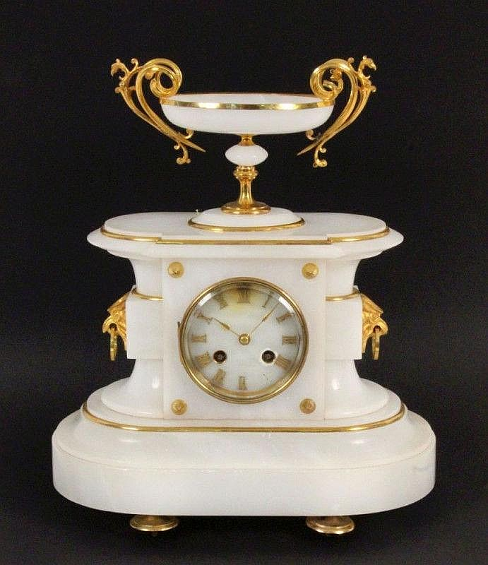 A BRACKET CLOCK France, end of 19th century White