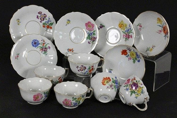A SET OF 6 CUPS WITH SAUCERS Meissen, 20th
