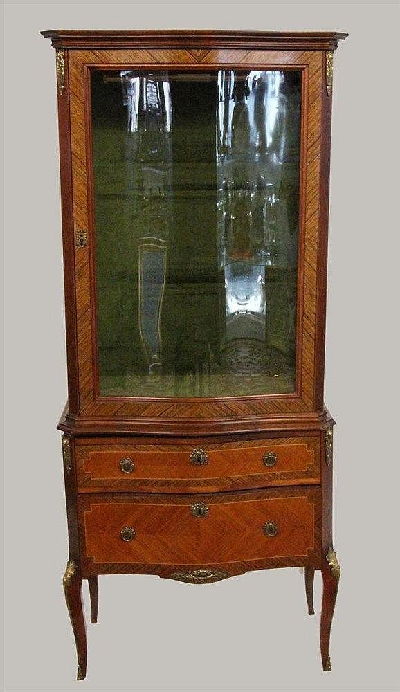 A LOUIS XV STYLE VITRINE Veneered rosewood. 2
