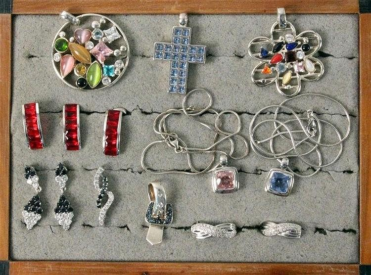 A LOT OF 12 SILVER JEWELLERY ITEMS partly with