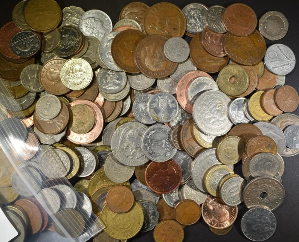 239 MIXED FOREIGN COINS & 8 TOKENS