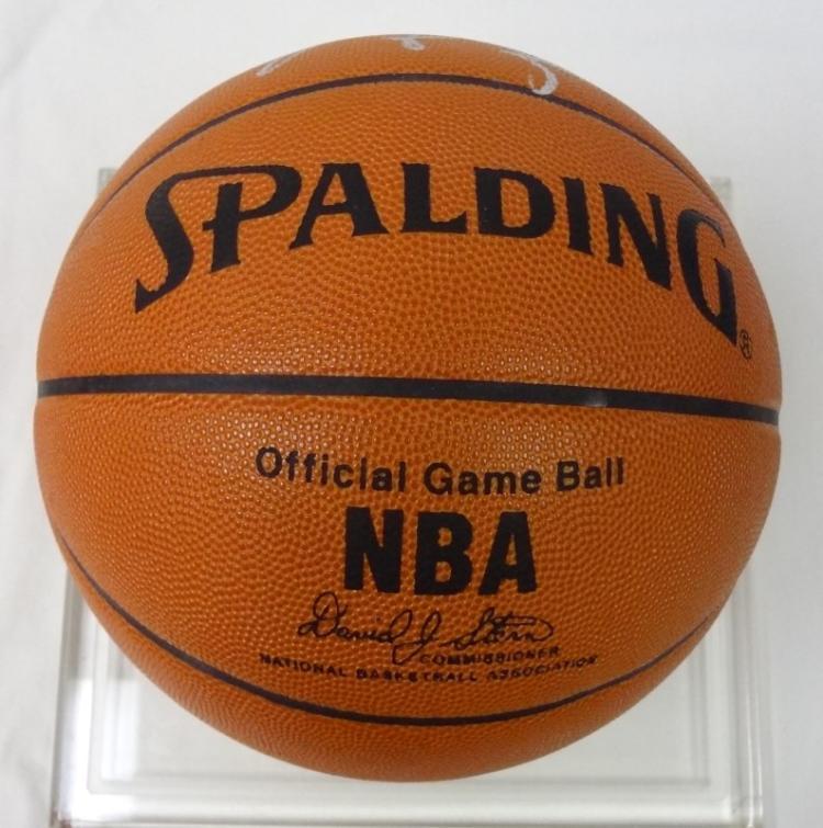 quality design 448d2 0dc6d MICHAEL JORDAN AUTOGRAPHED BASKETBALL in SILVER SHARPIE