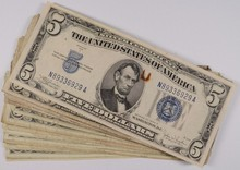 ( 24 ) $5.00 RED SEAL AND ( 6 ) $5.00 SILVER CERTIFICATES LOW GRADES SOME DAMAGE