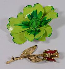 Lot of two Flower Pins.