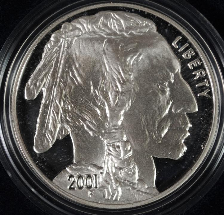 2001 BUFFALO PROOF COMMEMORATIVE SILVER DOLLAR IN NICE ORIGINAL PACKAGING