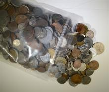 BAG LOT OF FIVE POUNDS FOREIGN COINS, NICE MIX WITH MANY LARGER COINS
