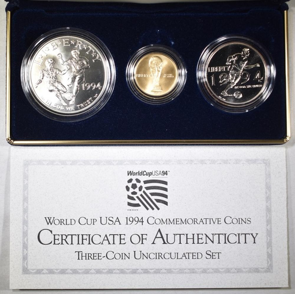 Lot 91: 1994 WORLD CUP USA 3-COMMEM COIN UNC SET