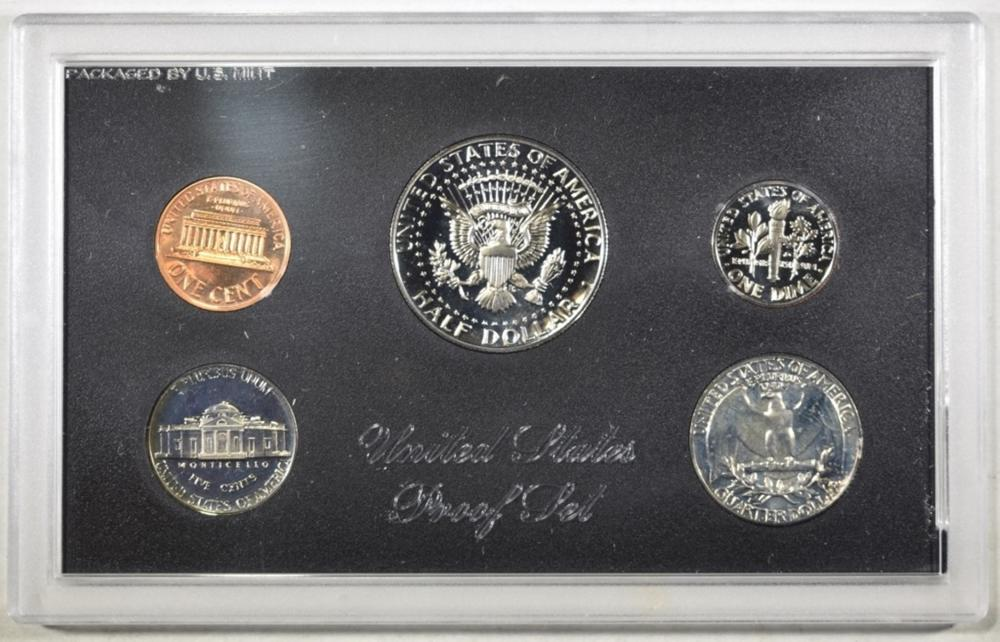 Lot 193: U.S. PROOF SETS FROM THE 1970'S