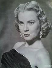 GRACE KELLY: DIAL M FOR MURDER VINTAGE PRESS PHOTOGRAPH.
