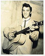 ELVIS PRESLEY IN MEMPHIS 1955 - A JIM REID SIGNED PHOTO