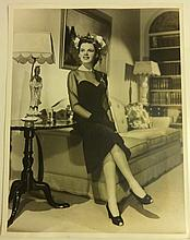 ERIC CARPENTER PHOTOGRAPH OF JUDY GARLAND FROM HER PRIVATE COLLECTION.