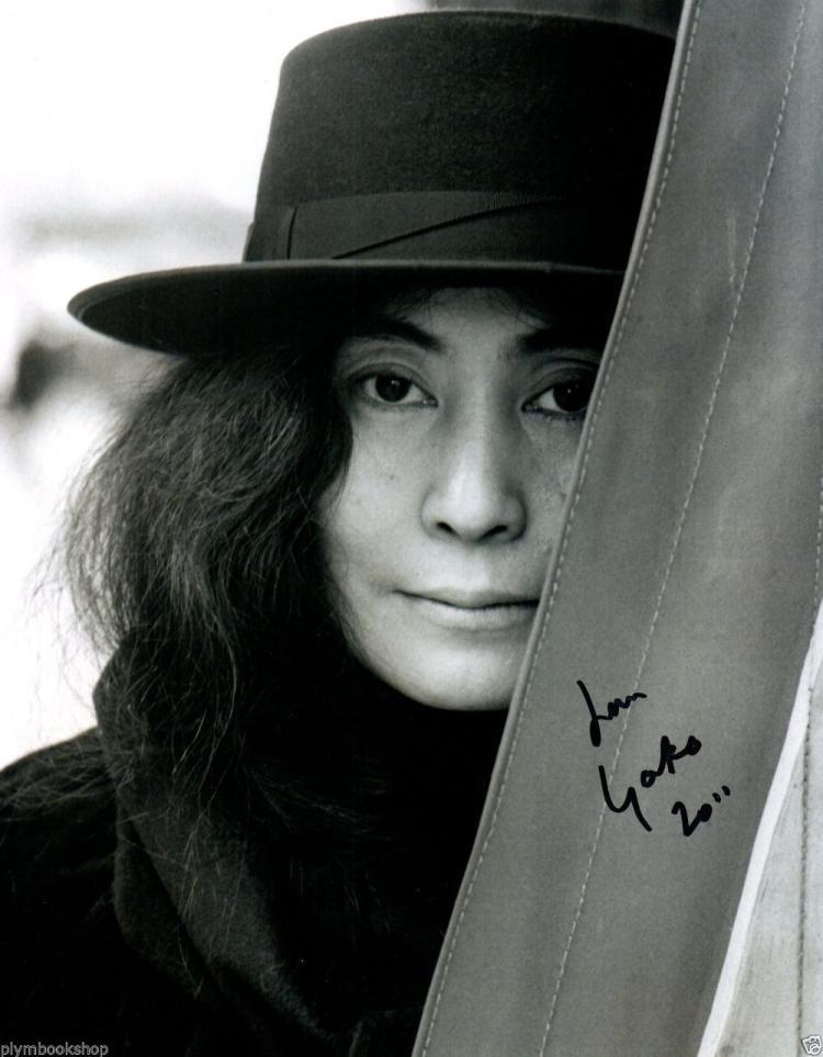Yoko Ono Nude Photos 54