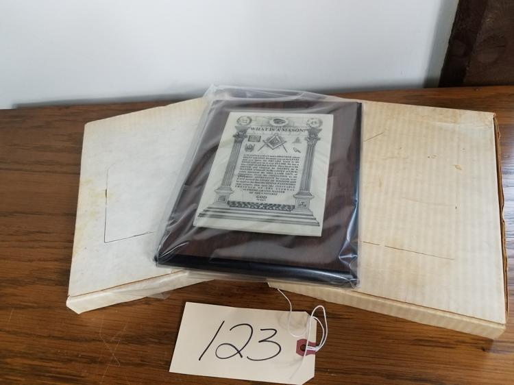 LOT OF 3 - WHAT IS A MASON? PLAQUE - NIB