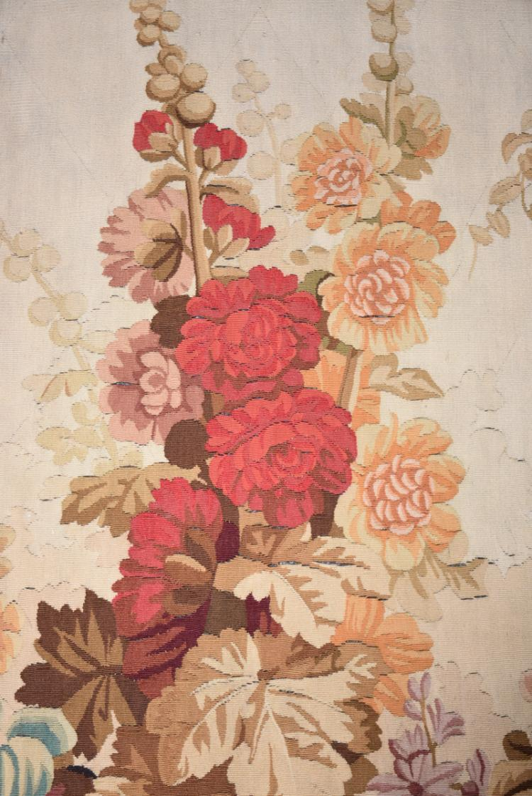 An aubusson woven wool entre fenetre tapestry french lat for Fenetre french