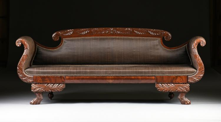 AN AMERICAN CLASSICAL CARVED MAHOGANY SOFA, EARLY/MID 19TH C