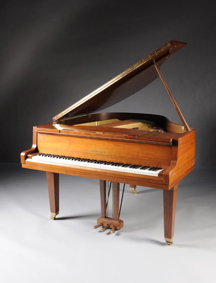 A yamaha model g1 walnut baby grand piano late 20th century for Yamaha g1 piano