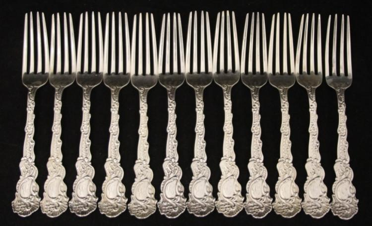 LOT OF (12) STERLING SILVER DINNER FORKS