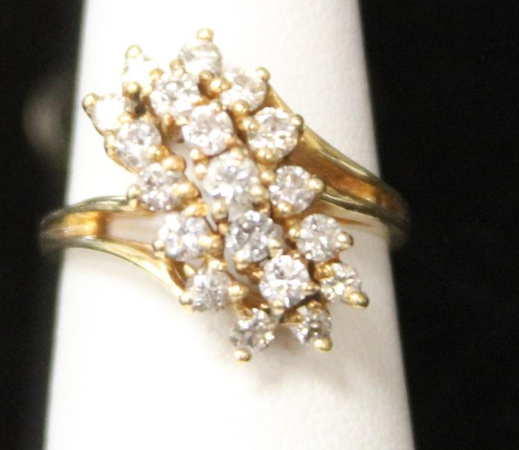 LADY'S 14KT DIAMOND RING