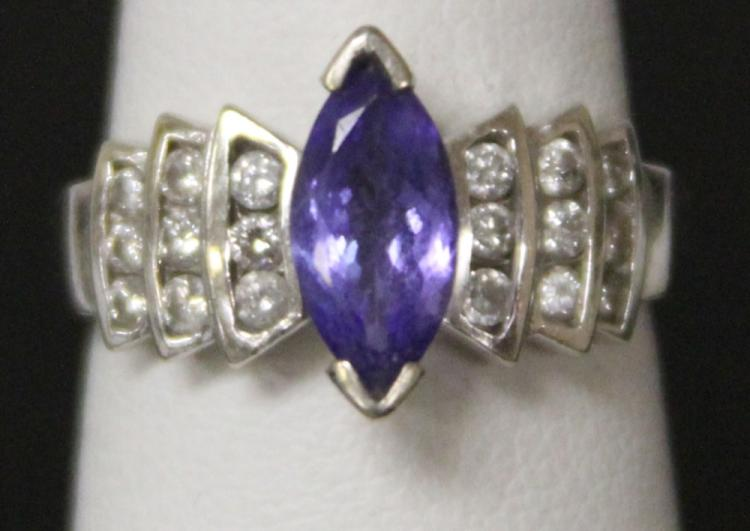 LADY'S TANZANITE DIAMOND 14KT RING