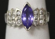 LADY'S TANZANITE DIAMOND 14KT RING