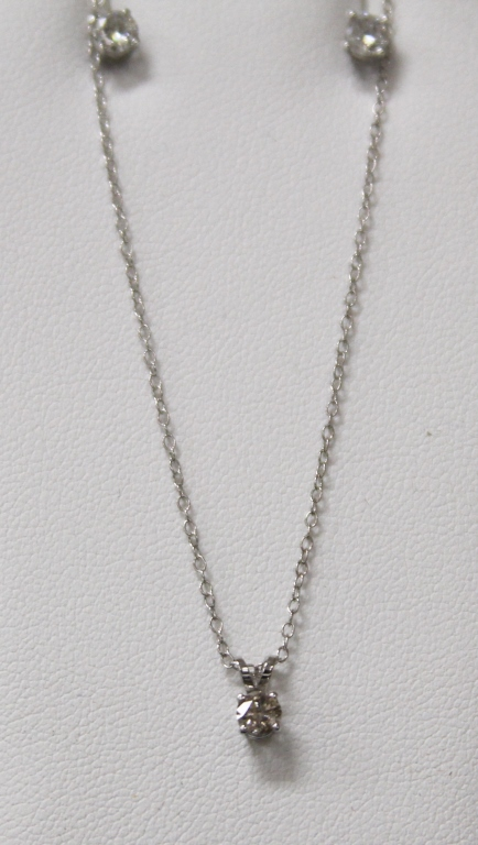 LADY'S DIAMOND EARRINGS AND NECKLACE SET