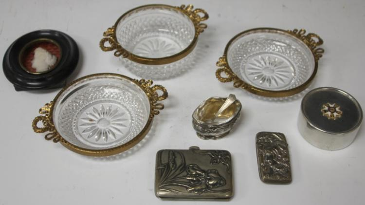 LOT OF (8) FRENCH DECORATIVE