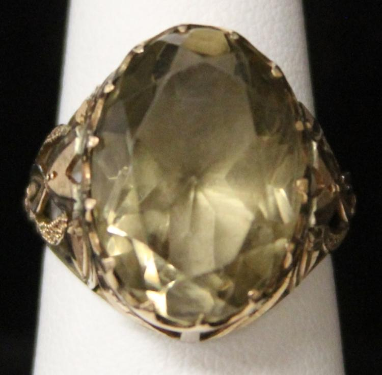 LADY'S SMOKY QUARTZ 14KT RING