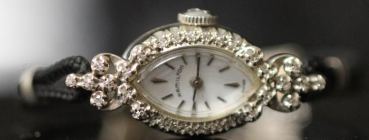 LADY'S HAMILTON DIAMOND WRISTWATCH