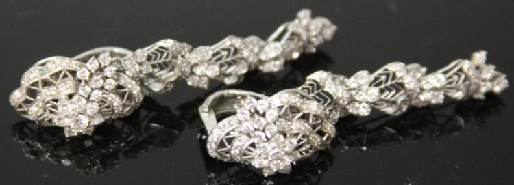 18KT LADY'S DIAMOND DROP EARRINGS