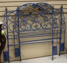 FRENCH IRON PAINTED DAYBED