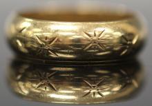 MEN'S 14KT YELLOW GOLD WEDDING RING BAND