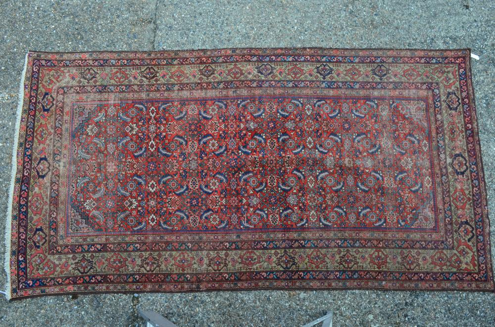An antique Persian Mahal kelleigh size carpet