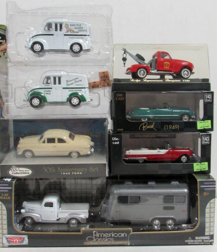 10 Assorted 1 43 Scale Die Cast Vehicles Mib