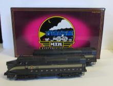 MTH 20-2293-1 PRR Sharknose A/B Diesel Set MIB