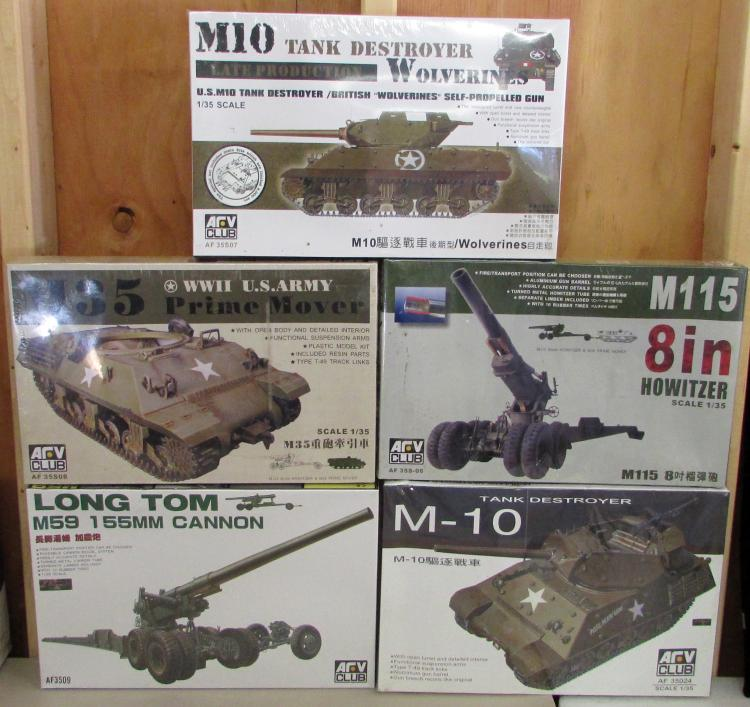 5) ARV Club 1/35 Scale Military Tank & Gun Models