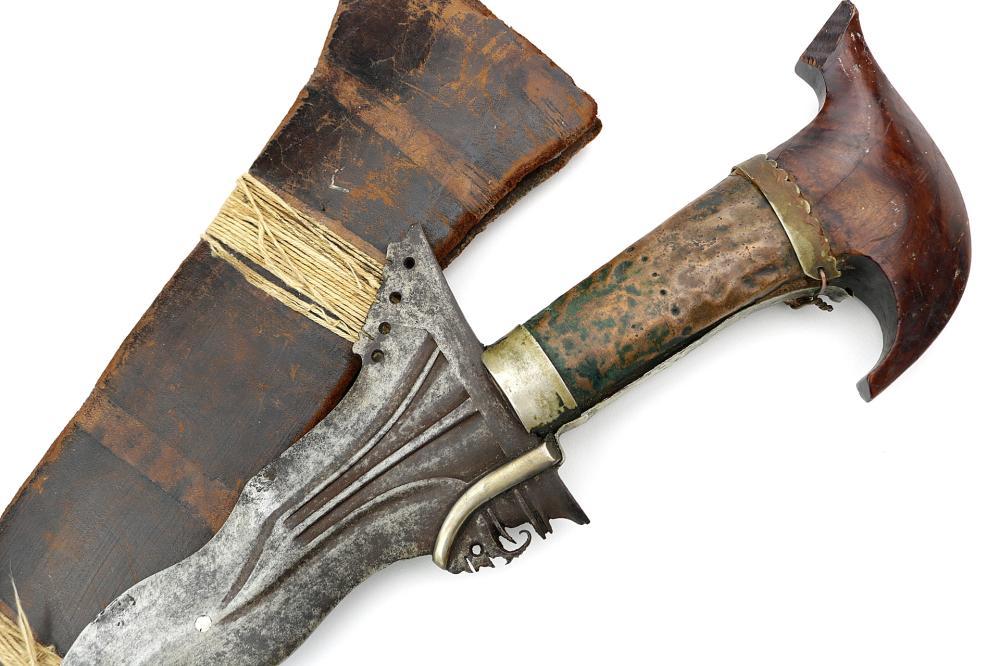 Good 19th C. Philippine Moro Battle KRIS Sword with Layered Steel Damascus Blade