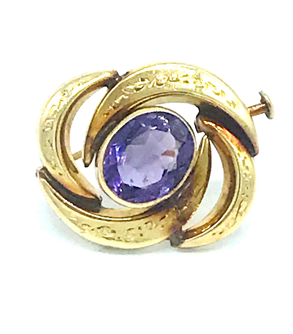 Lot 8636: Victorian, Amethyst Gold, Etched Swirl Pendant 14KT