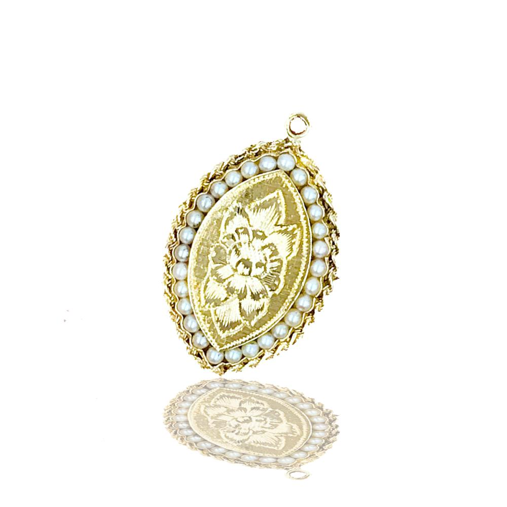 14 kt Marquise Shaped Gold Charm, gold with Pearls