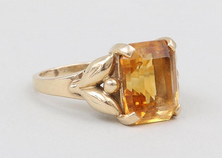 Tiffany & Co  citrine 14k gold ring