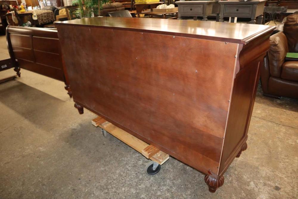 Ethan Allen sol cherry 9 drawer dresser