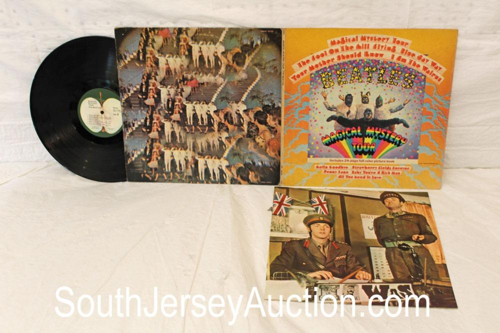 Vintage Magical Mystery Tour Beatles album in original sleeve, includes 24 page full color picture book, in a display frame, in good condition